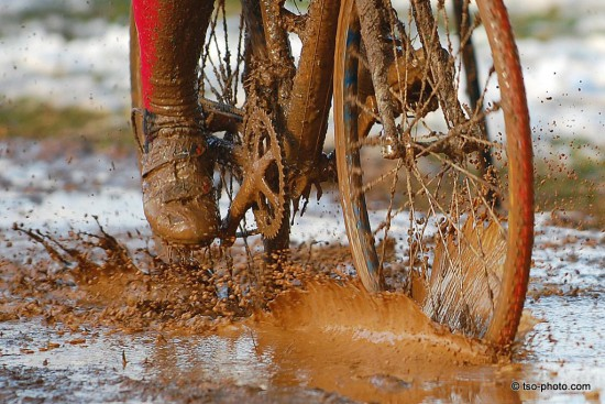 19-gratuitous-mud-shot-1-tom-olesnevich
